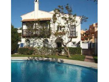Villas to rent in Nerja - Pool