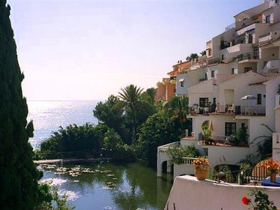 Capistrano Playa, Nerja Rental Apartment for rent in ...