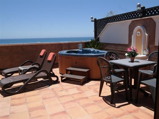 Terrazas penthouse apartment for rent in complex - Terrazas con jacuzzi ...